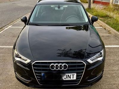 usado Audi A3 Sportback 1.6TDI CD Attraction S-T