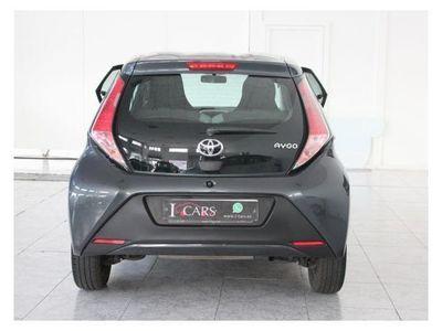usado Toyota Aygo 1.0 70 x-play business