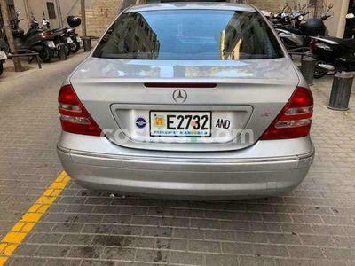 usado Mercedes C240 Clase CElegance 170 cv en Barcelona