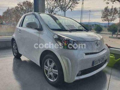 usado Toyota iQ Iq2 1.0 Vvt-i Multidrive 68 cv en Girona