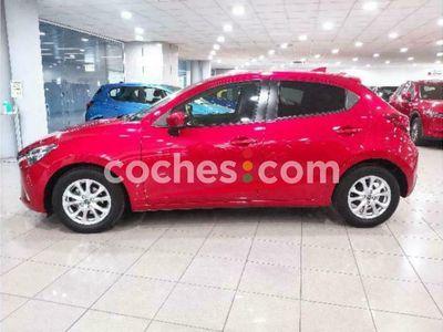 usado Mazda 2 1.5 Style+ 66kw 90 cv en Barcelona