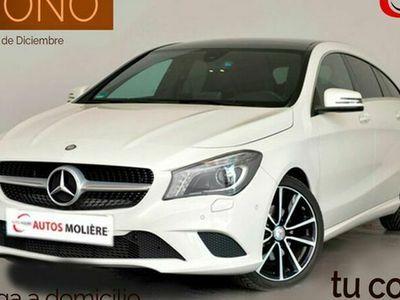 usado Mercedes CLA180 Shooting Brake Clase ClaUrban 122 cv en Malaga