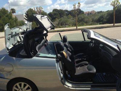 usado Renault Mégane Cabriolet DYNAMIQUE 1.6 16V -02