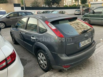 usado Ford Focus 1.6 Trend 100 cv en Sevilla