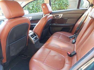 usado Jaguar XF 3.0 V6 Diesel Luxury 240 Aut.