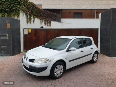 usado Renault Mégane Sedan Authentique 1.4 16v