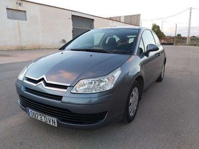 usado Citroën C4 Coupé 1.4i 16v LX