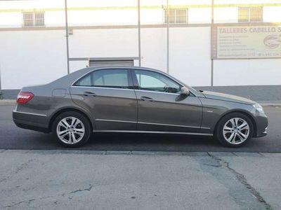 usado Mercedes E220 CDI Avantgarde 7G Plus