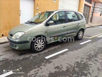 usado Renault Scénic II 1.6 Confort Dynamique 115 cv en Palmas, Las