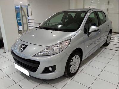 gebraucht Peugeot 207 1.4i 16v X-line