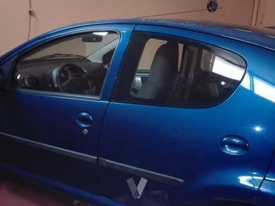 usado Peugeot 107 1.0i Basic -06