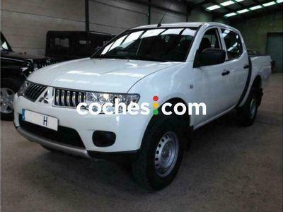 usado Mitsubishi L200 2.5di-d Double Cab Invite 136 cv en Cordoba