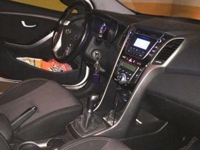 usado Hyundai i30 CW 1.6 CRDi 110cv Tecno S -14