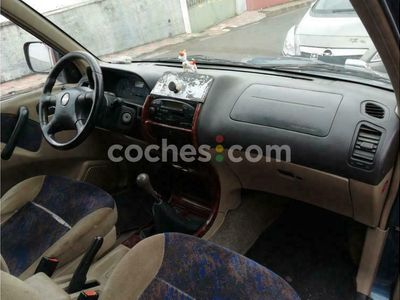 usado Nissan Terrano 2.7 TDi Comfort