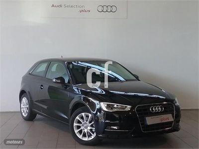 usado Audi A3 1.6 TDI 110cv clean diesel Attraction