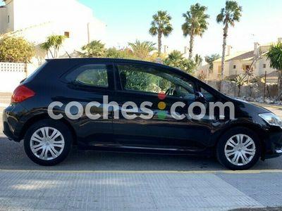 usado Toyota Auris 1.4d-4d Luna 90 cv en Alicante