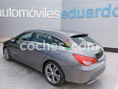 usado Mercedes 200 Clase Cla Cla Shooting Brake136 cv en Rioja, La