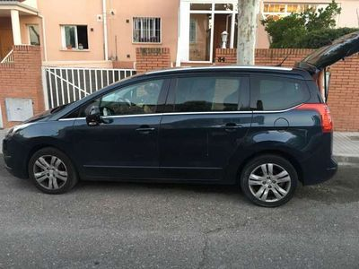 gebraucht Peugeot 5008 1.6 BlueHDI Allure 7 pl. 120