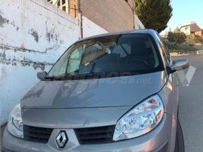 usado Renault Scénic Confort Dynamique 1.9dci 5p. -04