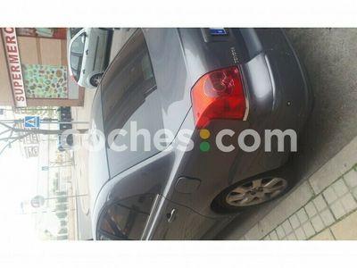 usado Toyota Avensis 2.4 Vvt-i Executive Aut. 163 cv en Madrid
