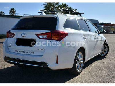usado Toyota Auris Touring Sports 120d Advance 124 cv en Badajoz