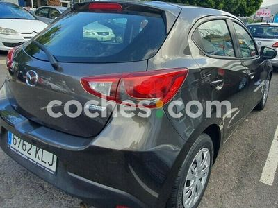 usado Mazda 2 1.5 Style 55kw 75 cv en Tenerife