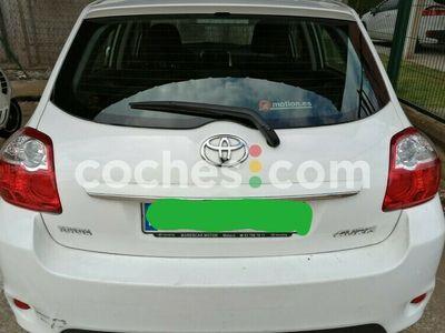 usado Toyota Auris 1.4d-4d Active Confortdrive 90 cv en Barcelona