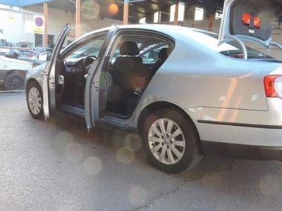 usado VW Passat 2.0 TDI Advance Con 6 velocidades