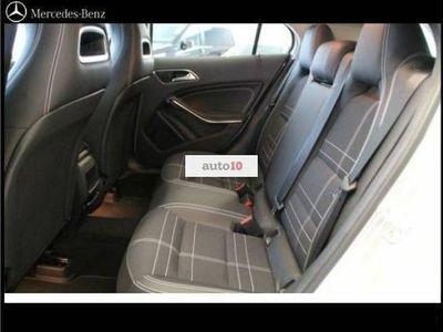 usado Mercedes GLA200 CDI Urban, Bi-xenon, Parktronic, NAV, Att Assist