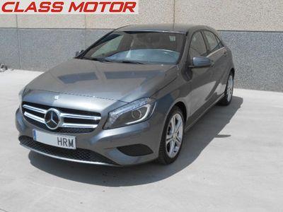 usado Mercedes A180 CDI BE Urban NACIONAL XENON CRUISE CAMARA LL17