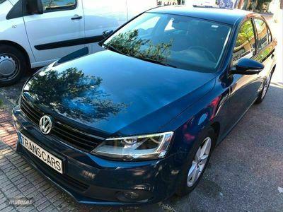 usado VW Jetta 1.2 TSI 105cv Advance Bluemotion Tech