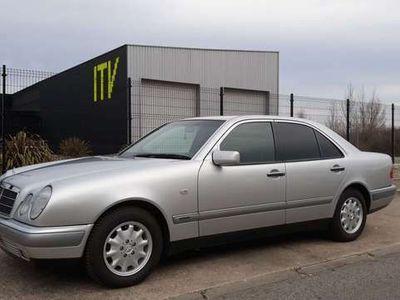 usado Mercedes E200 Familiar Elegance