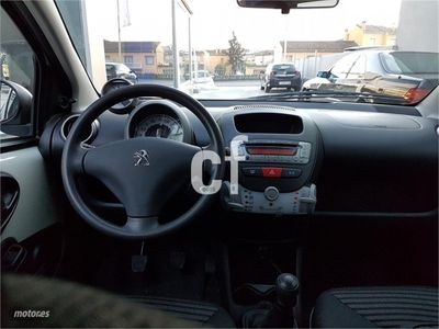 usado Peugeot 107 1.0i Active 68cv