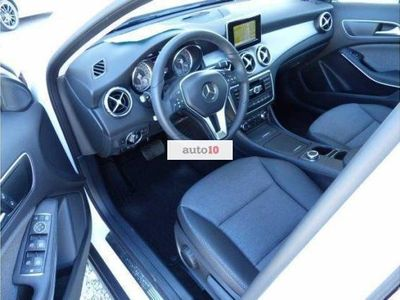 usado Mercedes GLA200 CDI Style 7G-DCT, Parktronic, Colision assist, NAV