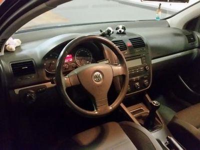 usado VW Golf 1.9 TDI DSG Sportline -04