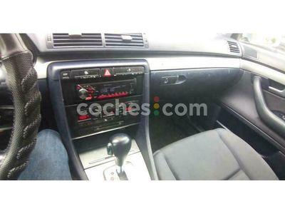 usado Audi A4 Avant 3.0 220 cv en Navarra