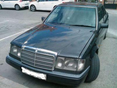 second-hand Mercedes 250 Turbo diesel