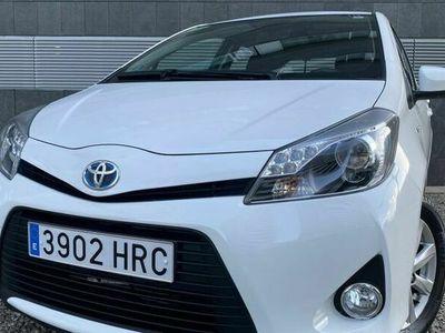 usado Toyota Yaris Hybrid 1.5 Advance