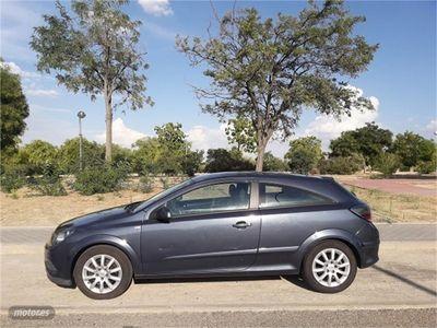 usado Opel Astra GTC 1.9 CDTi 120 CV Enjoy