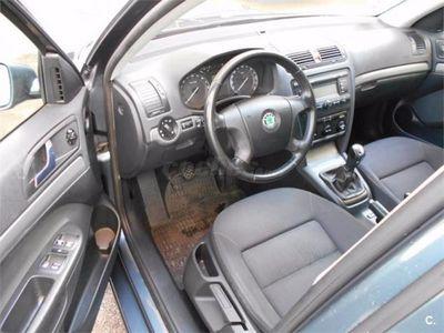 usado VW Passat 2.0 Tdi 140 Edition Plus Bluemotion Tech 4p. -10