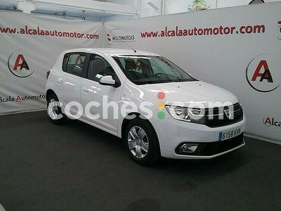 usado Dacia Sandero 0.9 Tce Comfort 66kw 90 cv en Sevilla