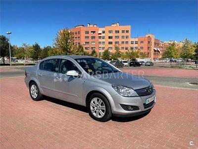usado Opel Astra 1.7 CDTi 110 CV Excellence