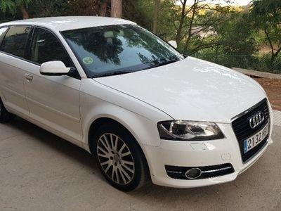 usado Audi A3 Sportback 1.6 TDI 105 S tronic Ambiente