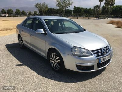 usado VW Jetta 1.9 TDI 105cv Advance