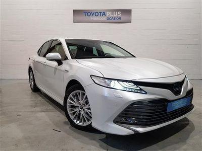 usado Toyota Camry Híbrido Luxury Aut.