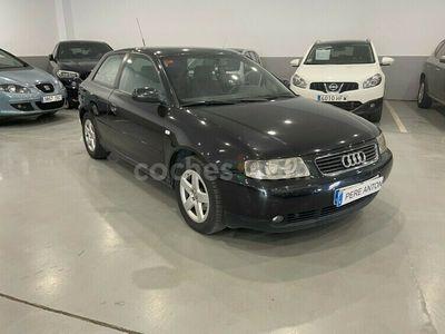 usado Audi A3 1.6 Ambiente 102 cv en Lleida