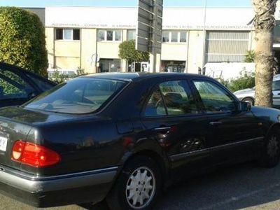 usado Mercedes E300 año 1995 130000 KM