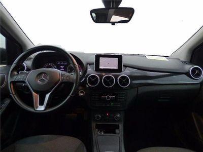 usado Mercedes B180 CDI 110 cv Blue Efficiency DCT+TECHO+NAVY