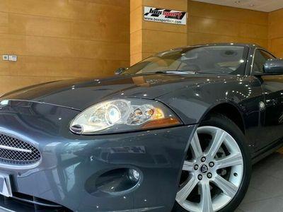 usado Jaguar XK Coupé 4.2L V8 Aut.
