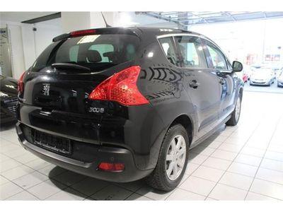 usado Peugeot 3008 1.6hdi fap premium 112 cv diesel